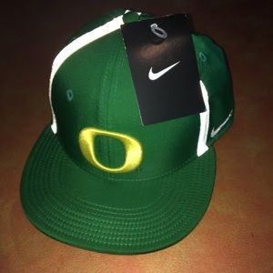 Nike men's Oregon ducks hat